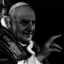 """La scelta di fare del """"Papa della pace"""" il patrono dell'esercito italiano appare terribilmente inappropriata (M. Dennis)"""