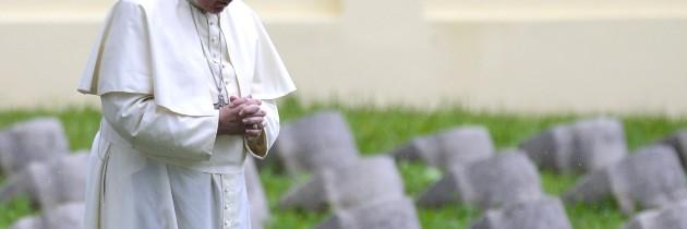 4 NOVEMBRE 2015: La guerra, una follia da abolire (papa Francesco)