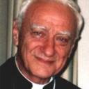 Mons. Bettazzi: educare i giovani